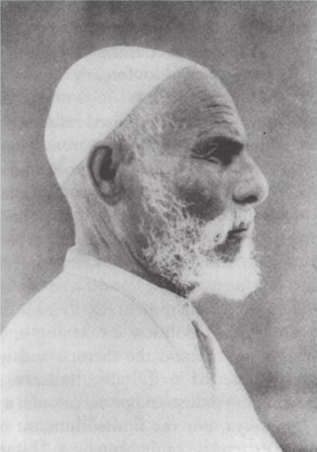 https://i1.wp.com/upload.wikimedia.org/wikipedia/commons/d/d8/Omar_Mukhtar_13.jpg