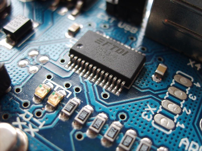 A eletricidade em circuitos eletrônicos