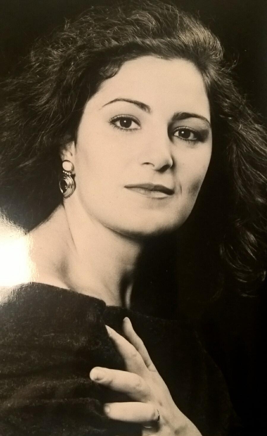 Carla Maria Izzo Wikipedia