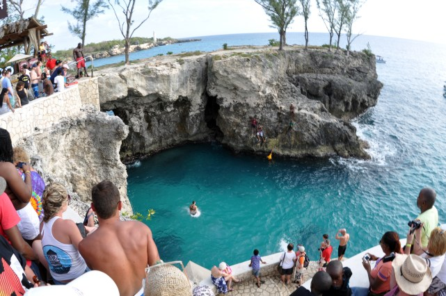 Why You Should Go For All-Inclusive Hotels in Negril Jamaica?