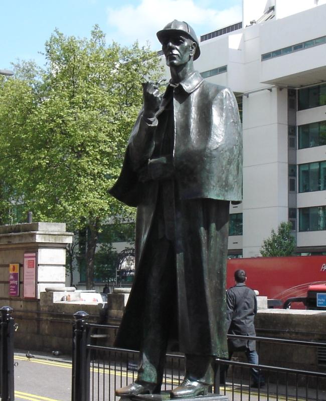 https://i1.wp.com/upload.wikimedia.org/wikipedia/commons/d/dc/Statue_Of_Sherlock_Holmes-Marylebone_Road.jpg