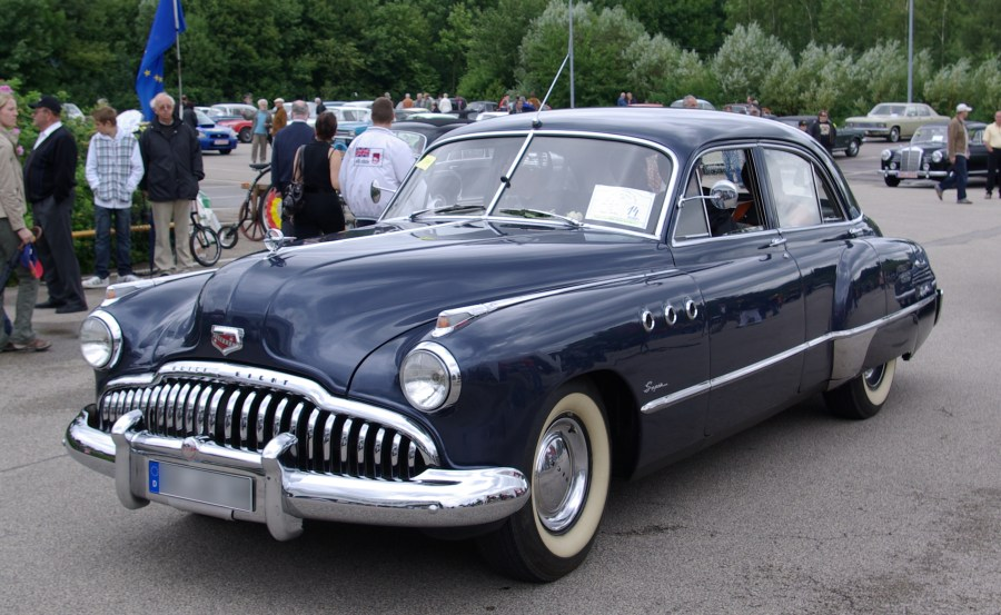 1954 cadillac cars » File Buick Super Serie 50 BW 2 JPG   Wikimedia Commons File Buick Super Serie 50 BW 2 JPG