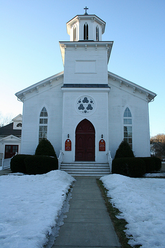 English: Lakeville United Methodist Church, th...