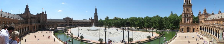https://i1.wp.com/upload.wikimedia.org/wikipedia/commons/d/dd/Plaza_de_Espana_-_Sevilla.jpg?resize=1170%2C233&ssl=1