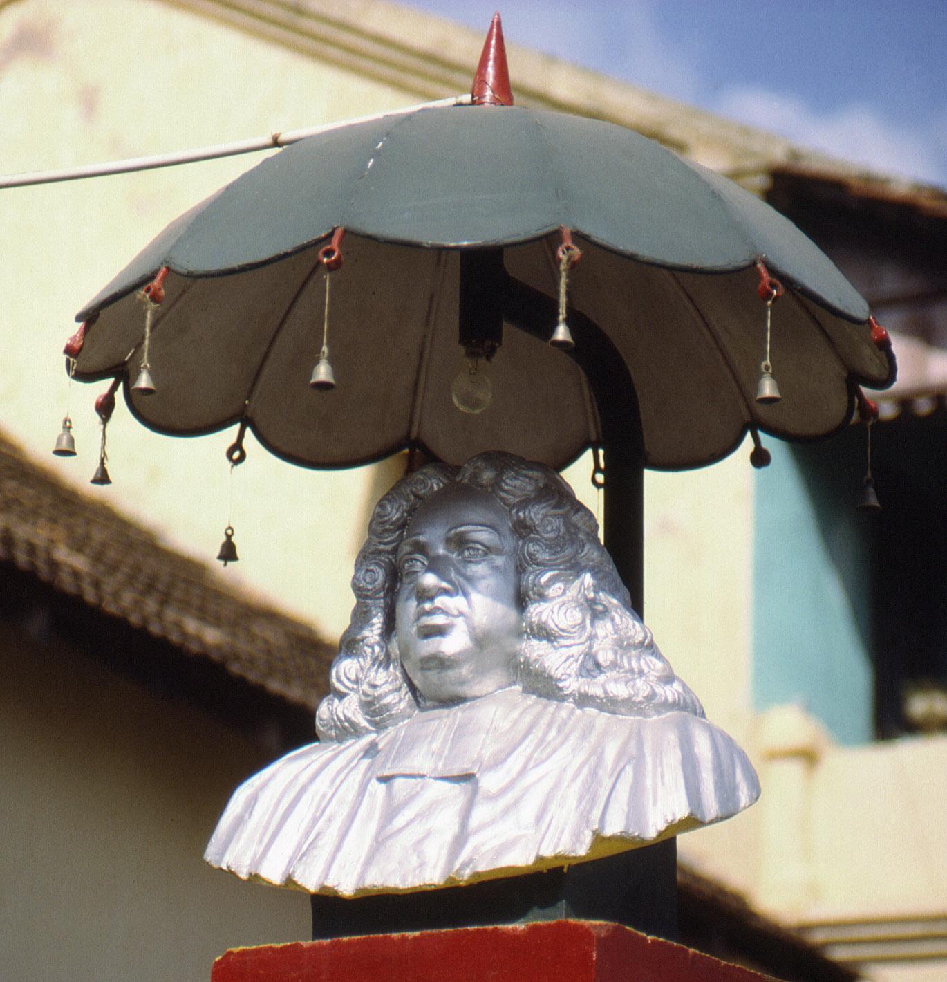 Büste von Bartholomäus Ziegenbalg in Tranquebar, Tamil Nadu, South India