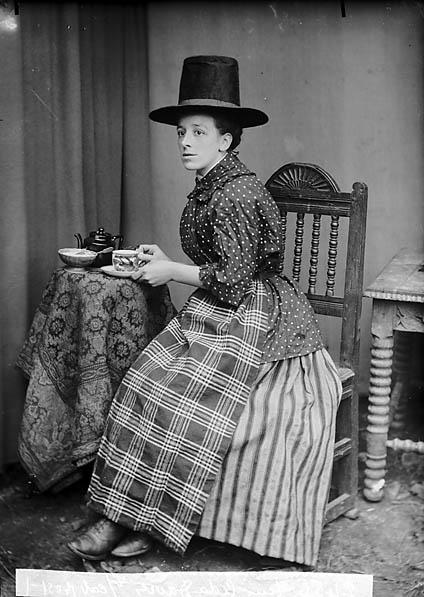 File:Miss Ada Davies, Bontuchel in national dress NLW3363700.jpg