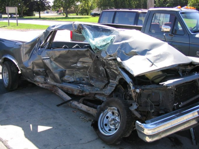 1976 pontiac cars » Car   Wikipedia Result of a serious car accident