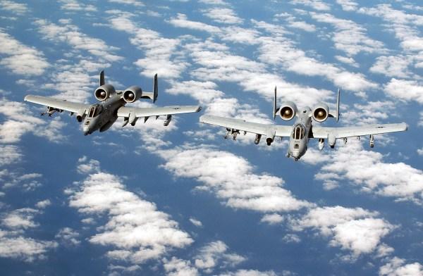 File:A-10 Thunderbolt II 2.jpg - 维基百科,自由的百科全书