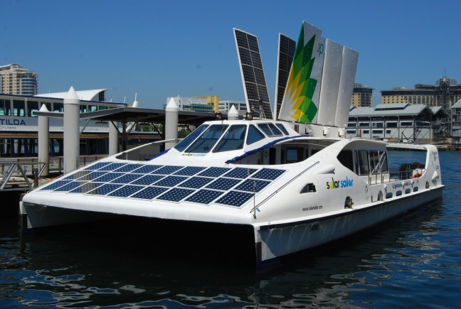 https://i1.wp.com/upload.wikimedia.org/wikipedia/commons/e/ef/Solar_Sailor.jpg?resize=648%2C435&ssl=1