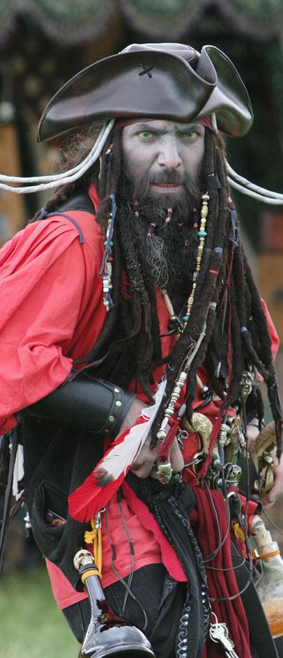 Hugh Jackmans Blackbeard Facial Hair Makes Him Almost