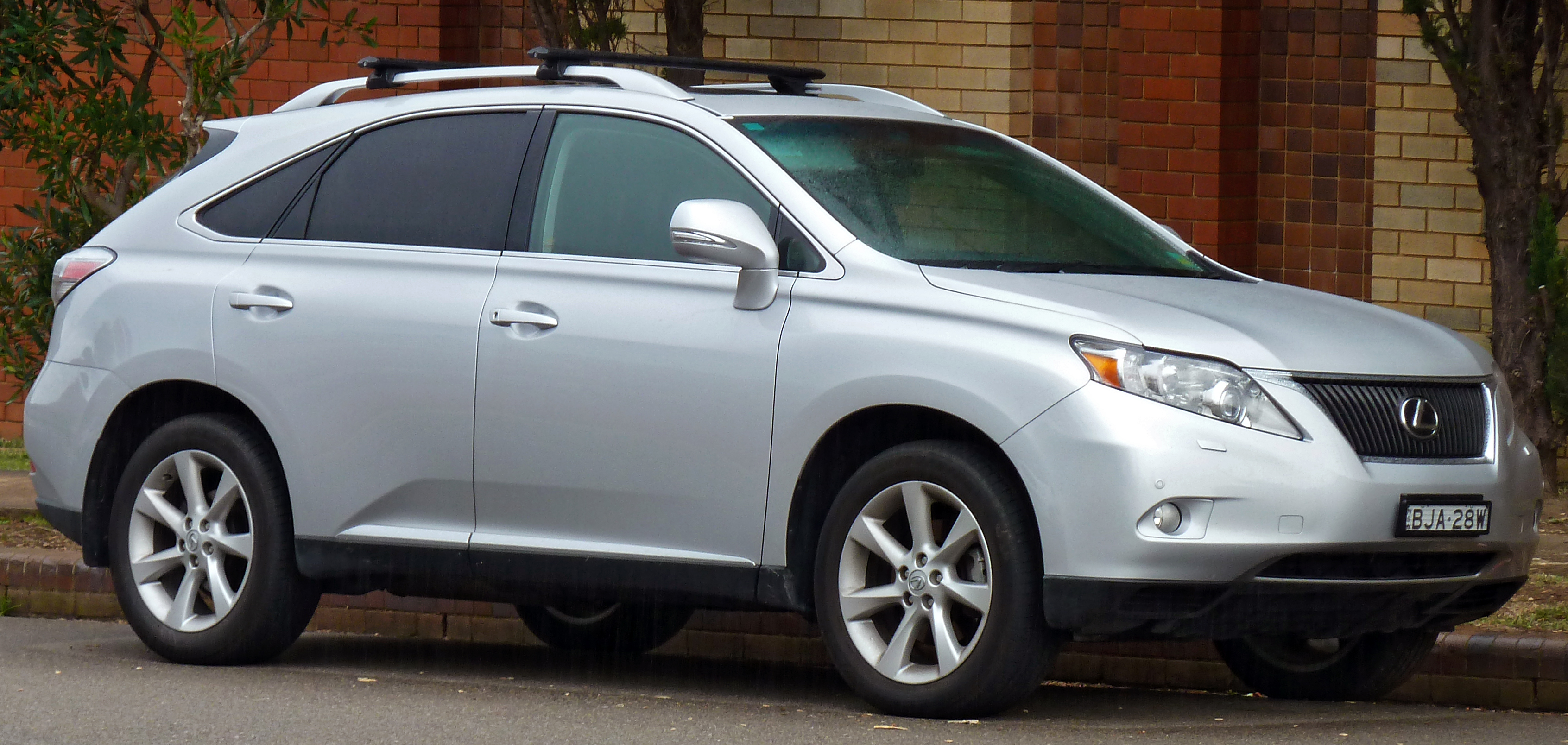 File 2009 2010 Lexus RX 350 GGL15R Sports Luxury wagon 01