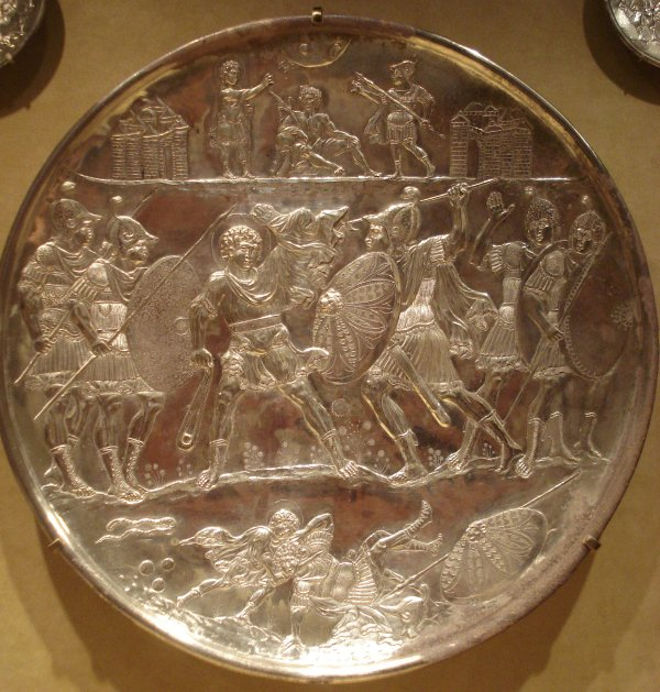 FileThe battle of David and Goliath silver plate