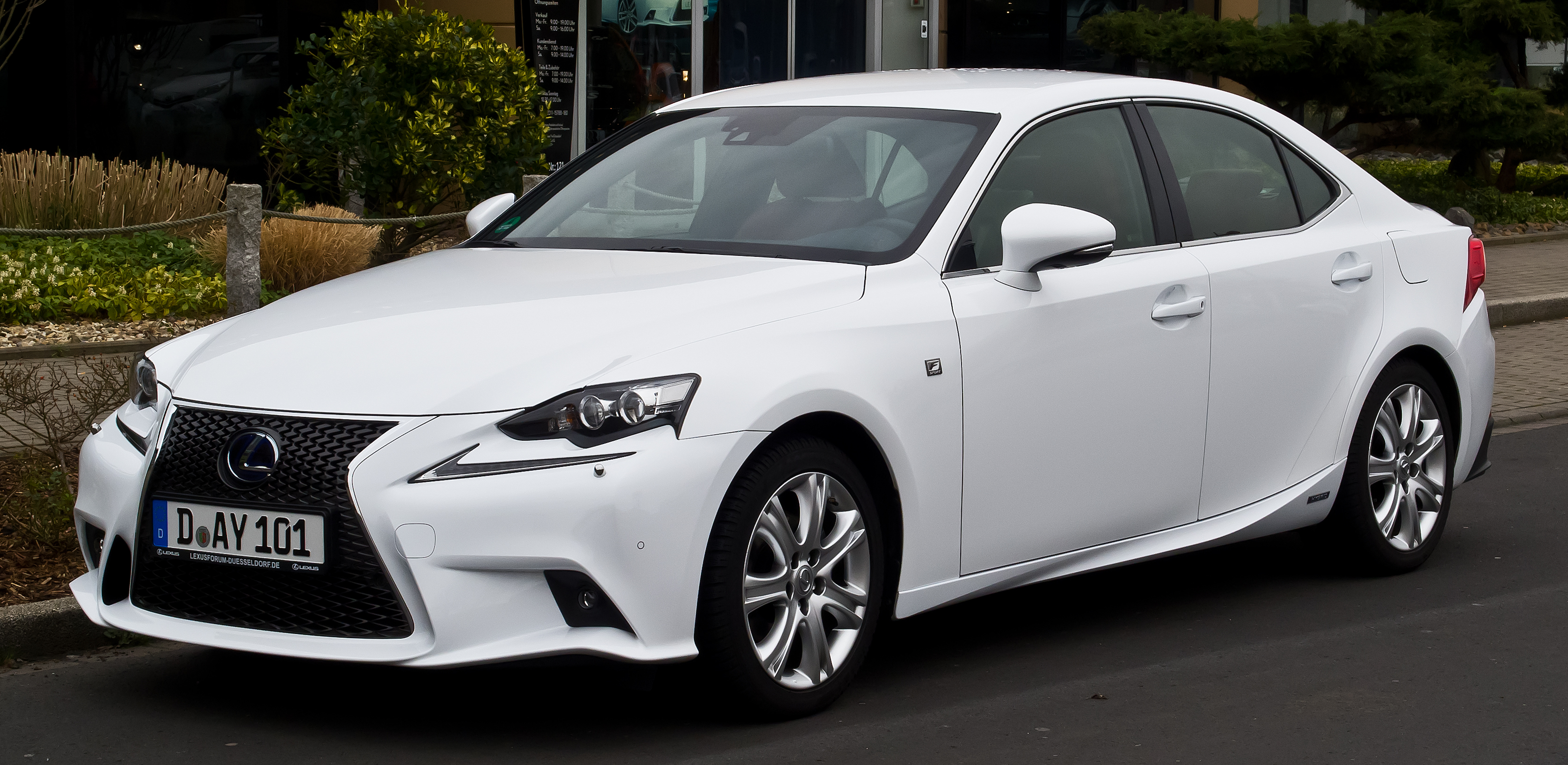 Lexus IS Wikiwand