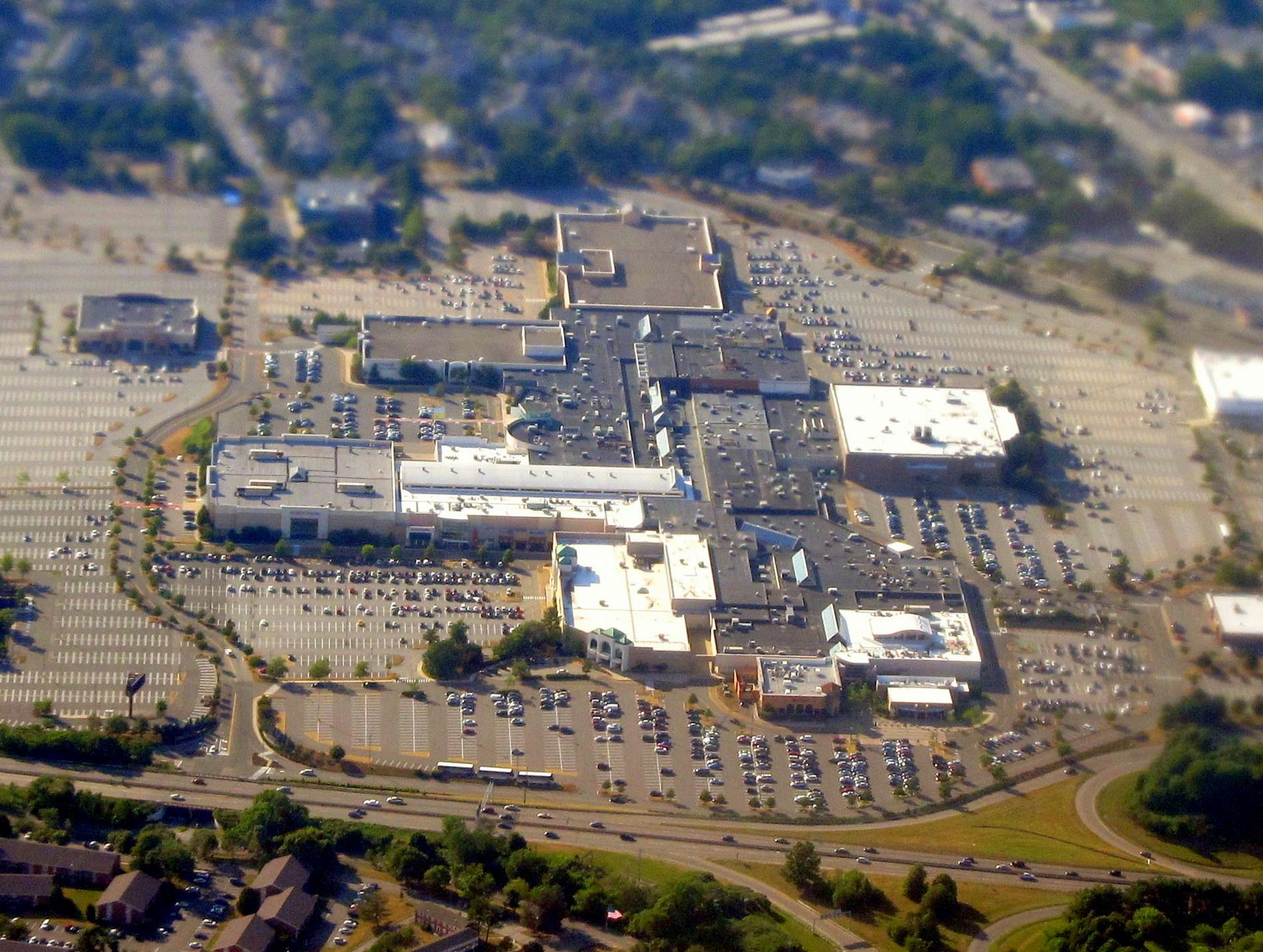 Lynnfield Ma Shopping Mall