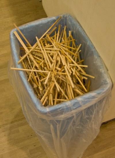「割り箸 ごみ」の画像検索結果