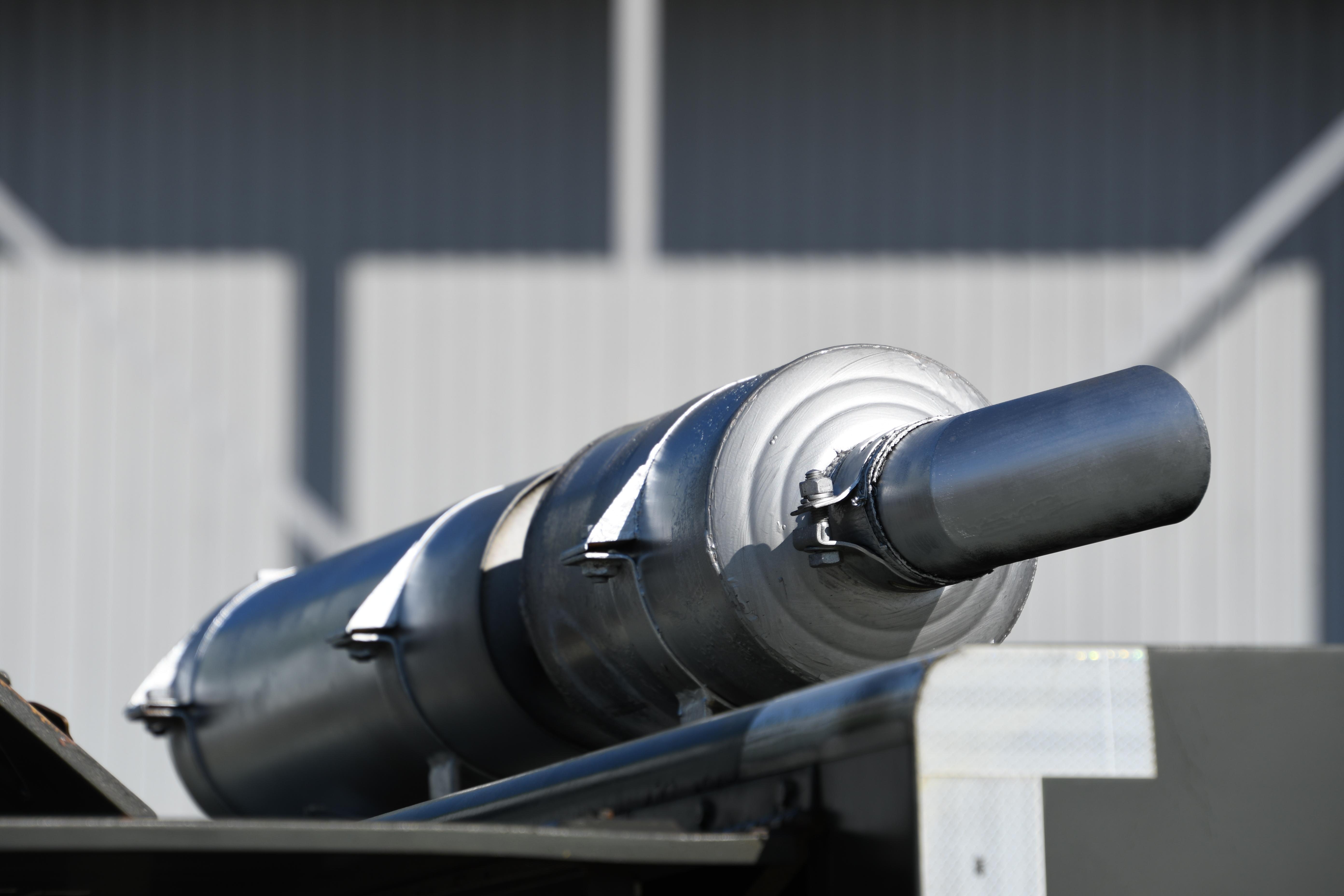 file jasdf ae 1 generator truck hino dutro no 4388 exhaust pipe at komaki air base november 9 2019 jpg wikimedia commons