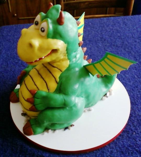File:CakeGaga5Serbia.jpg