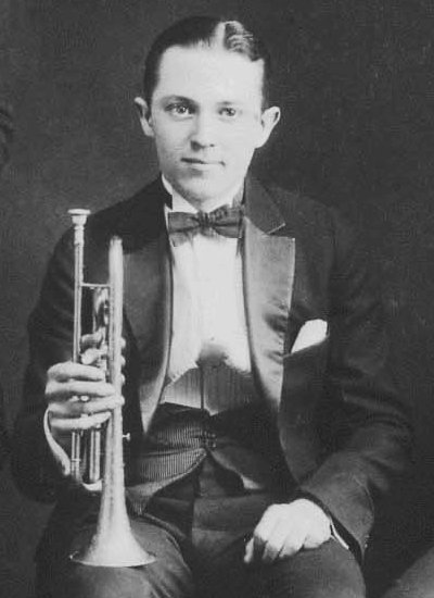 Bix Beiderbecke with Conn Victor 80A