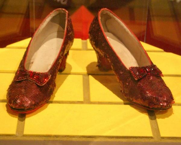 Ruby slippers - Wikipedia