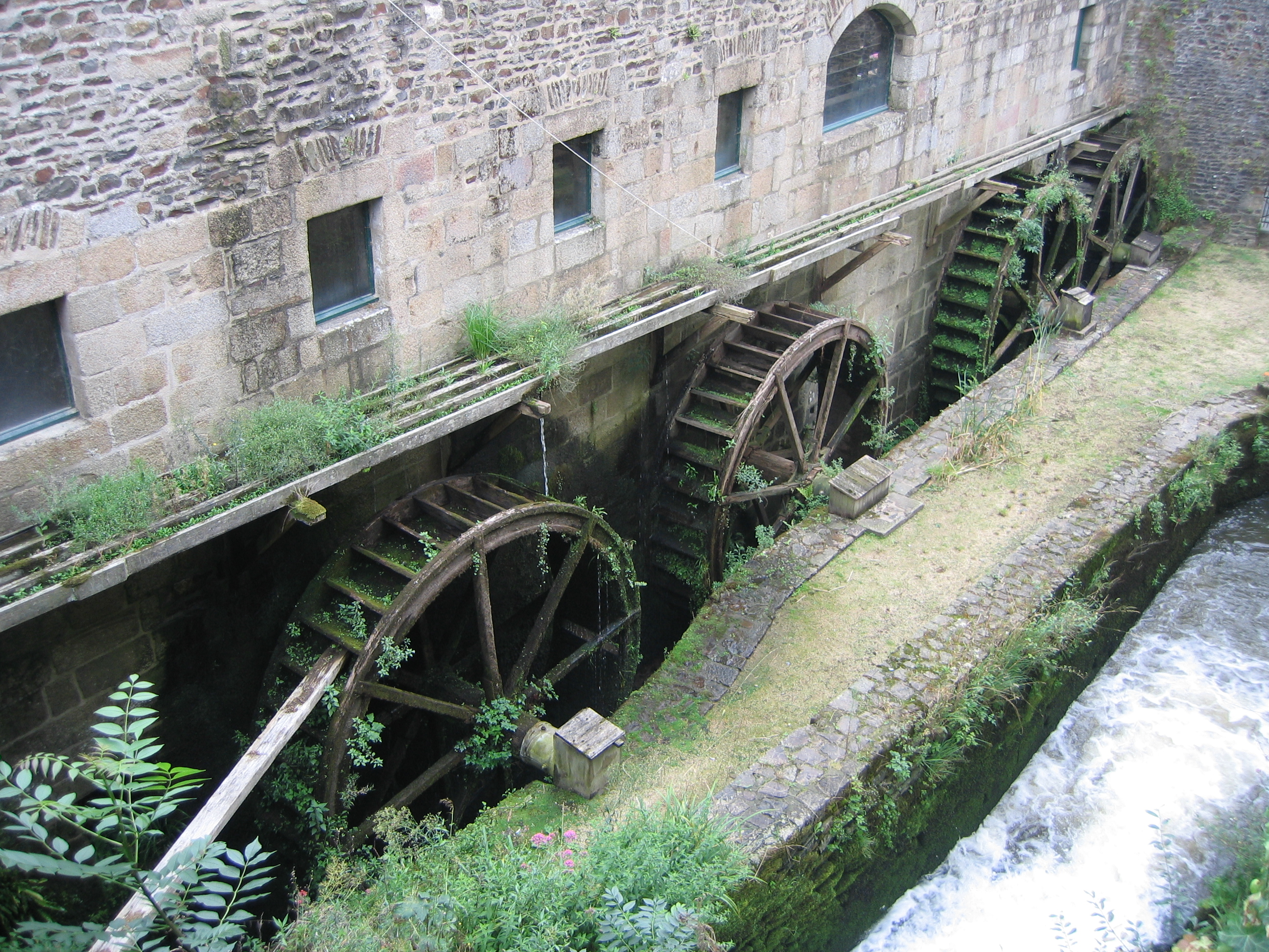 Mill wheels of the castle of Fougeres.