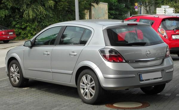 File:Opel Astra H 1.8 Innovation Facelift rear-1 20100822.jpg
