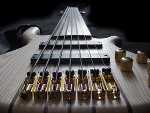 7-saitiger HeKe E-Bass