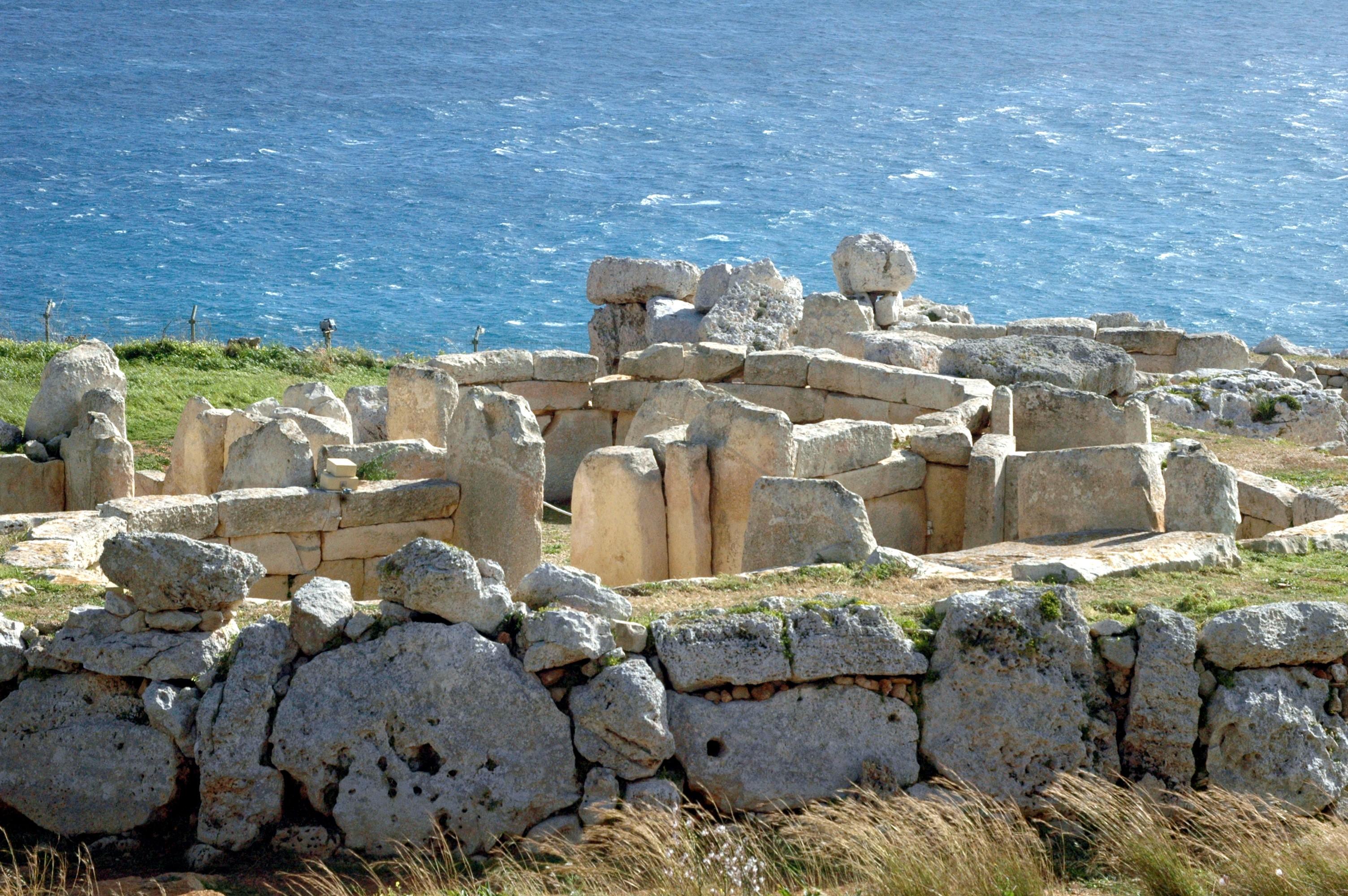 mnajdra megalithic temple qrendi malta