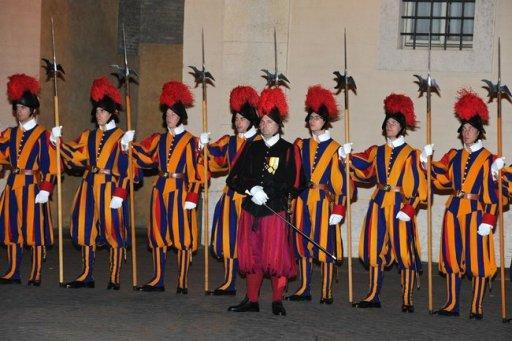 Pontifical Swiss Guards - 25 nov 2013