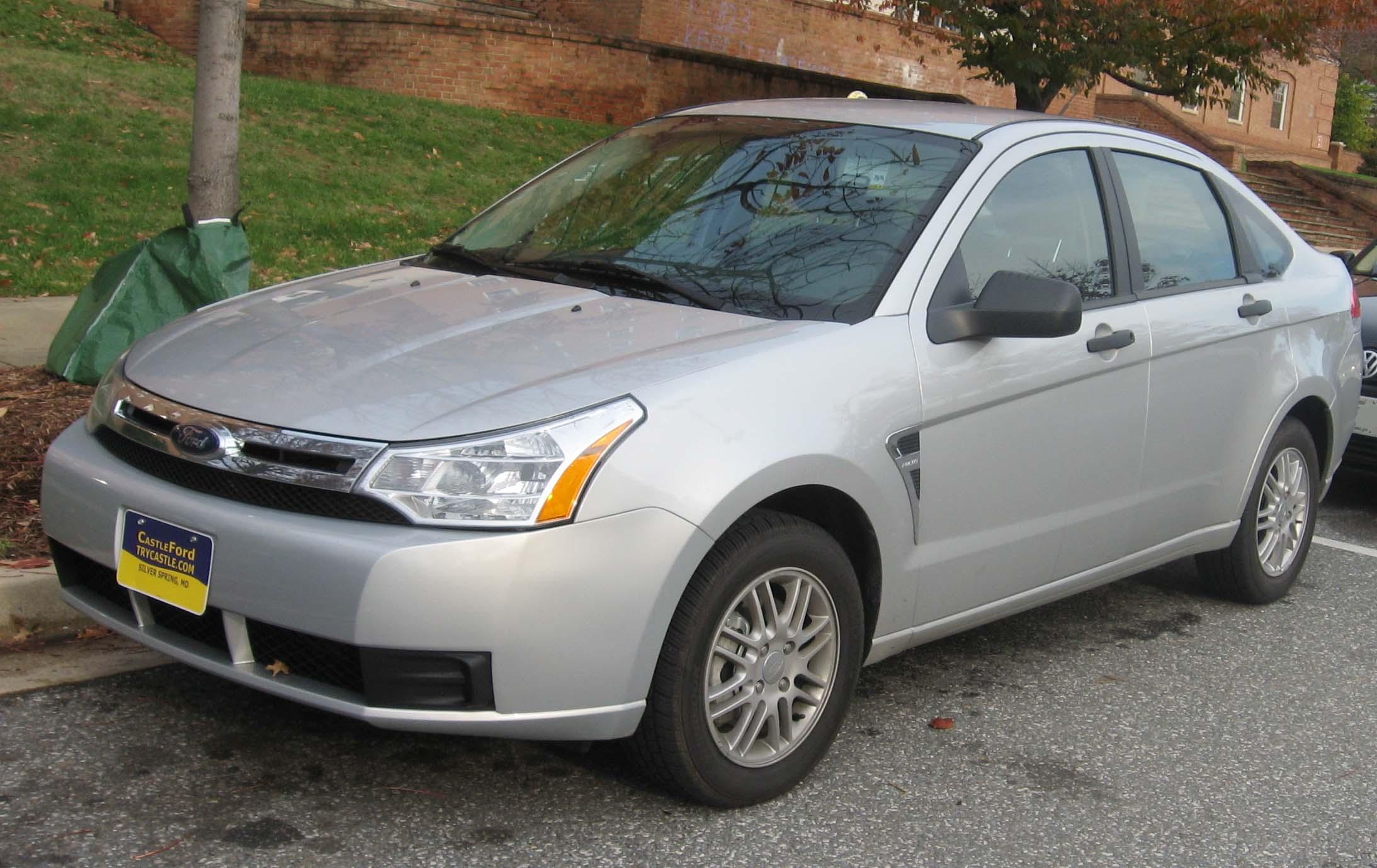 https://i1.wp.com/upload.wikimedia.org/wikipedia/commons/f/fe/2008_Ford_Focus_SE_sedan.jpg