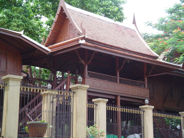 FileTraditional Thai Housejpg Wikimedia Commons