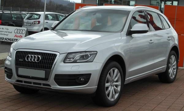 File:Audi Q5 2.0 TDI Quattro front 20100328.jpg - Simple ...