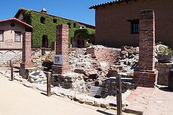 English: The ruins of Mission San Juan Capistr...