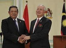 Najib with President Susilo Bambang Yudhoyono in Putrajaya on 18 December 2012.
