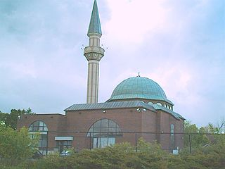 [Ottawa Mosque (Ottawa Muslim Association), photo by Muhammad Ghouri]