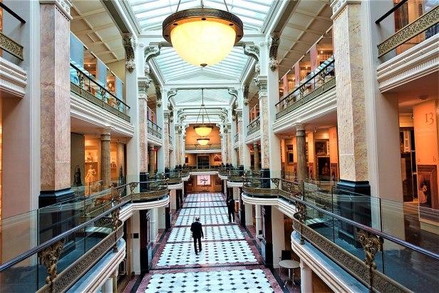 Smithsonian American Art Museum - www.joyofmuseums.com - interior