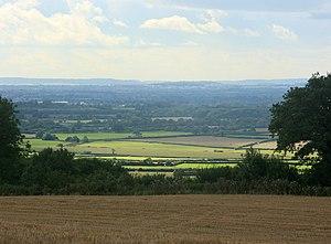 English: South of west from Bath Lane, nr Hawk...
