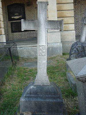 English: William Houston Stewart funerary monu...