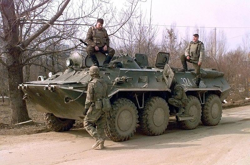 Berkas:Btr-80 in Serbia.jpg