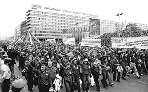 Bundesarchiv Bild 183-W0527-0109, Karl-Marx-St...