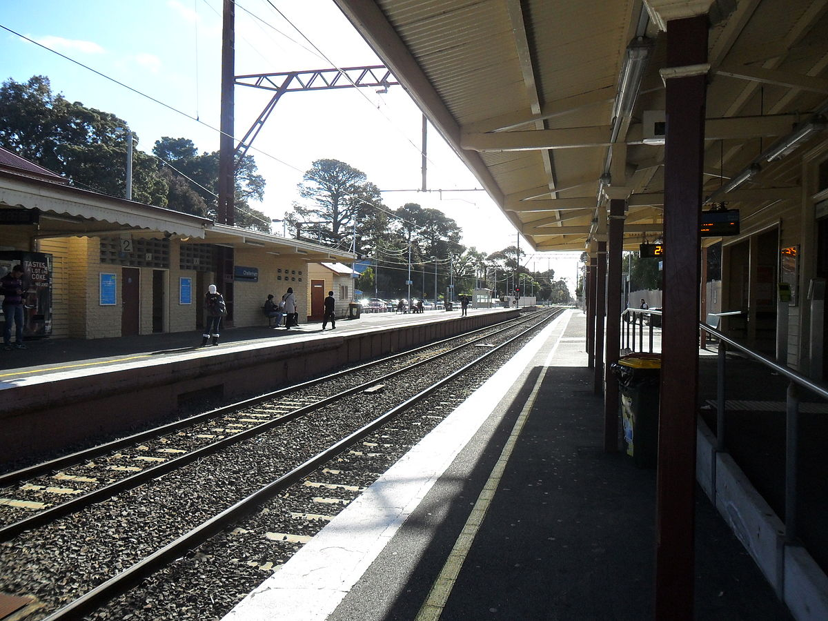 Cheltenham Railway Station Melbourne Wikipedia