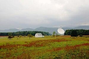 English: Green Bank Telescope at National Radi...