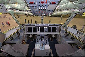 English: Cockpit of the third Sukhoi Superjet ...