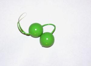 A type of Ben-Wa balls