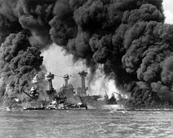 Serangan udara terhadap USS West Virginia dan USS Tennessee  di Pearl Harbor.
