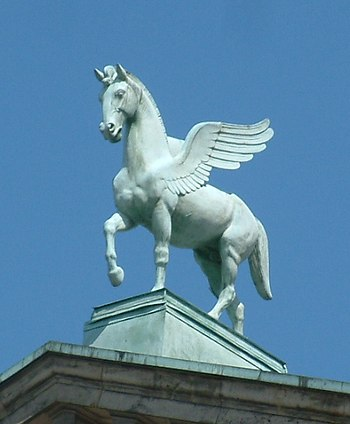 English: Pegasus on roof of Poznań Opera House