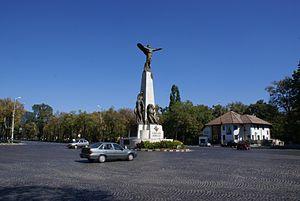 Statuia Aviatorilor, Bucharest, Romania