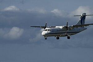 An Aer Arann ATR 42 on final approach to Dubli...