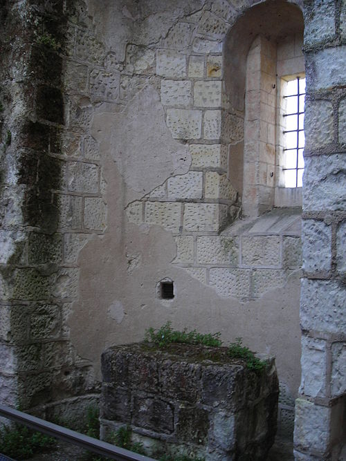 Donjon-loches-chapelle
