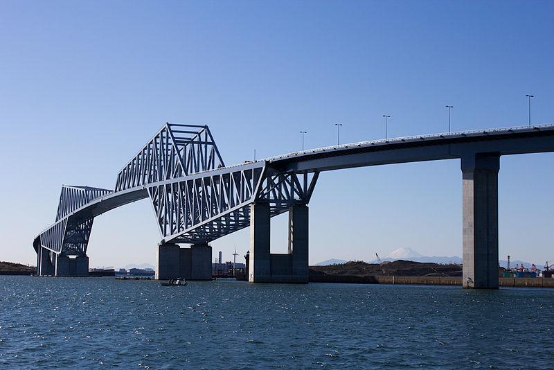 https://i1.wp.com/upload.wikimedia.org/wikipedia/commons/thumb/0/06/Tokyo_Gate_Bridge-1.jpg/800px-Tokyo_Gate_Bridge-1.jpg