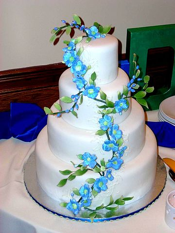 FileA Lovely Wedding Cake June 2008jpg Wikimedia Commons